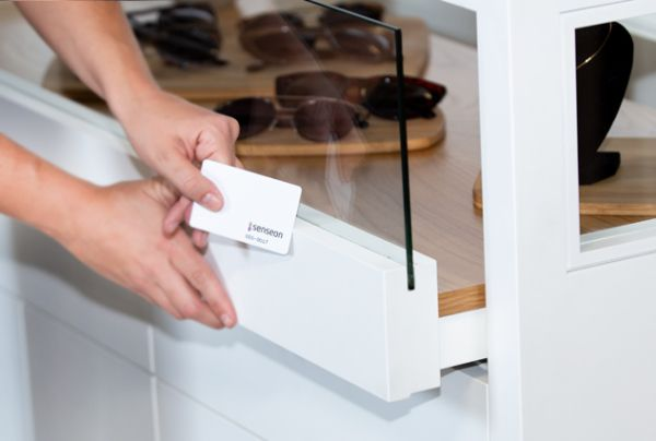 Senseon access control system in retail display